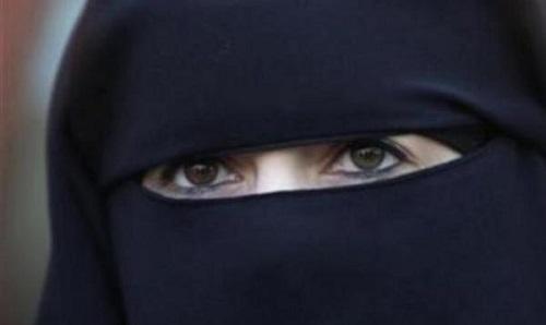 لندن : خلع النقاب وتعلم الانجليزية شروط بقاء المسلمات فى بريطانيا