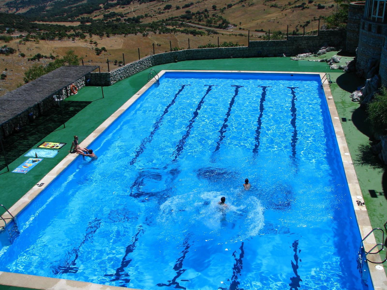 Radio grazalema este viernes abre sus puertas la piscina for Piscinas naturales grazalema