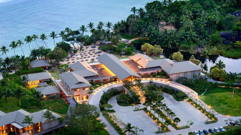 luxury life design luxury at kempinski seychelles resort. Black Bedroom Furniture Sets. Home Design Ideas