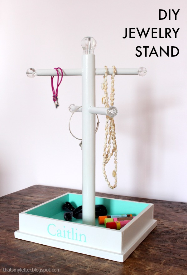 Jewellery Stand Designs : That s my letter diy jewelry stand free plans