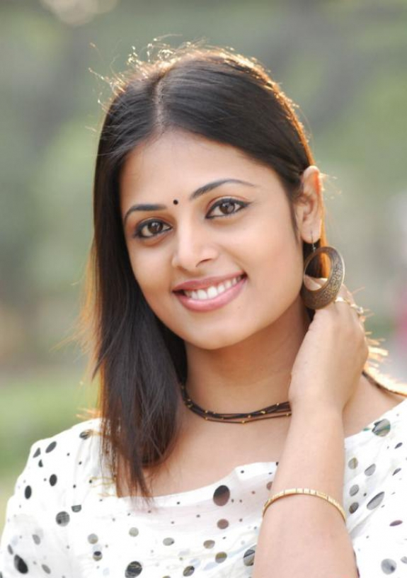 Actress Sindhu Menon Latest Cute Stills Gallery