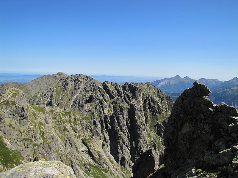 Buczynowe Turnie (na pierwszym planie) z Zadniego Granata.
