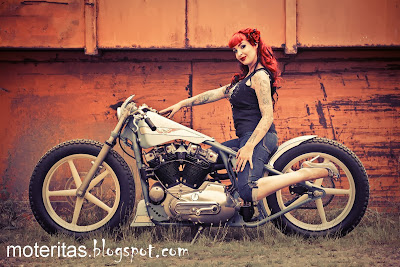 bobber-custom-bike-tatto-girl-hd-wallpaper