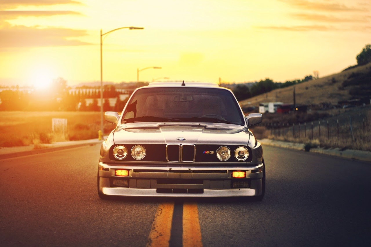 A Classic 3 Series BMW The Production Of E30 Started In 1985 With 23L 192 Hp Engine Who Doesnt Know This Car LOVE