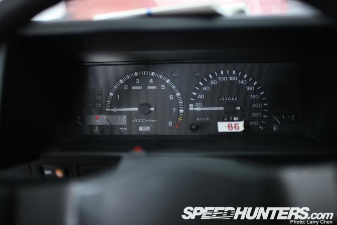 toyota12 Toyota AE86 Berusia 25 Tahun Yang Masih Di Dalam Plastik