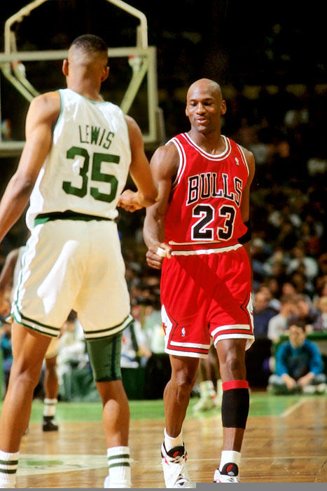 8f55dd5ec Was it really 25 years ago today  The death of Reggie Lewis ...