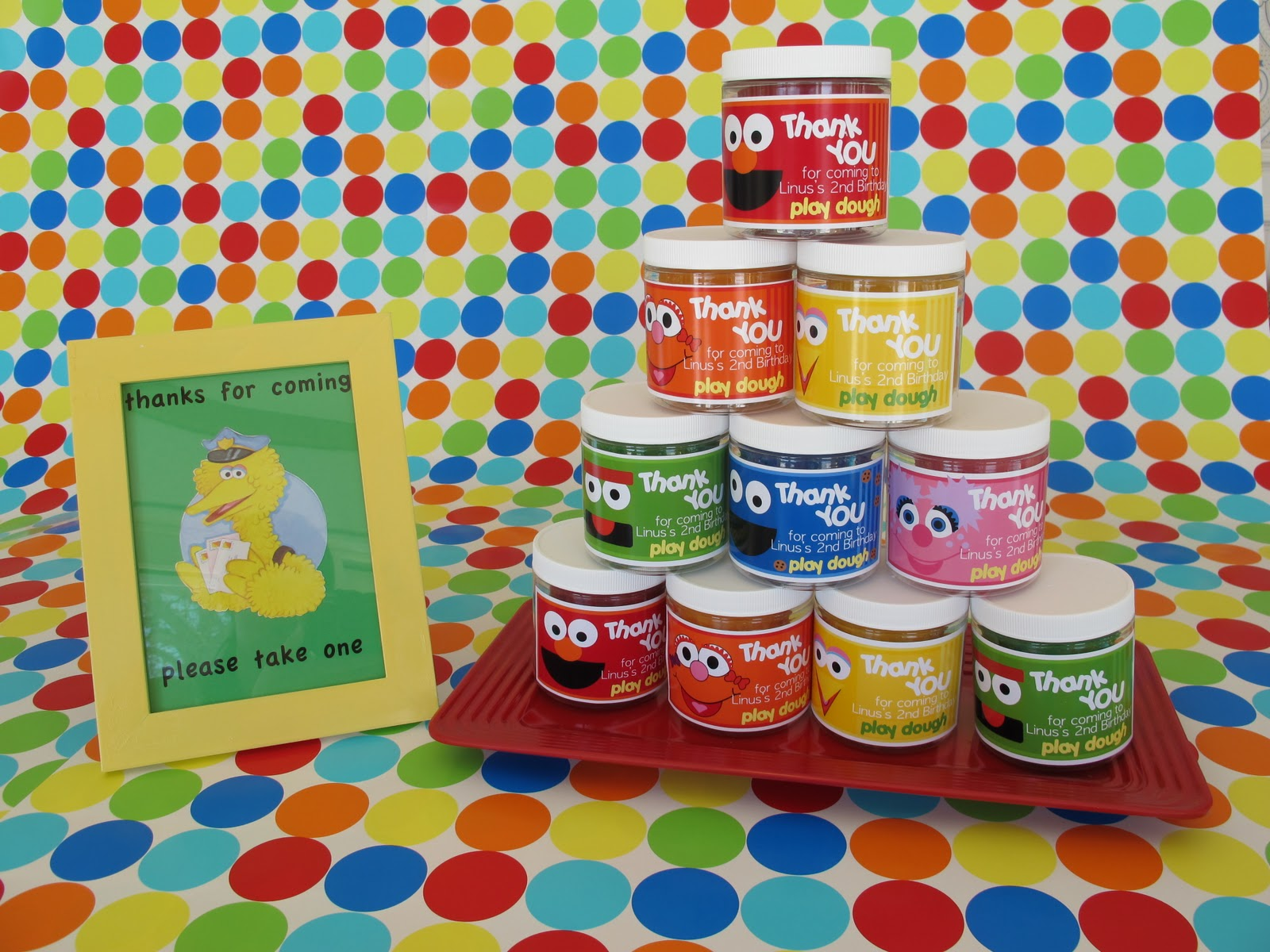 Find more favor ideas and diy suggestions in our sesame street party
