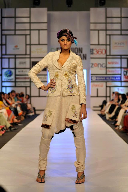 2012 FASHION PAKISTAN WEEK DRESSES