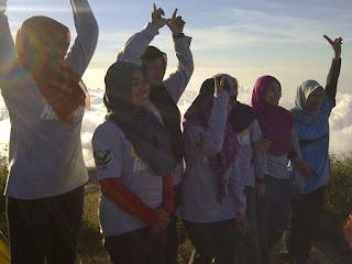 Rinjani Trekking - Rinjani summit 4 days 3 nights