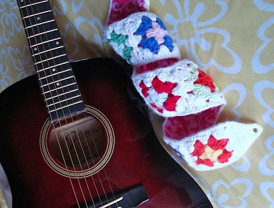 free crochet pattern granny square guitar strap