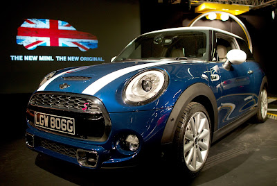 Auto, Auto Industry, BMW, Car, Company, Cowley, Economy. Plant, England, Fuel-efficient, Launch, Manufacture, Mini, Mini Cooper, Oxford, UK,