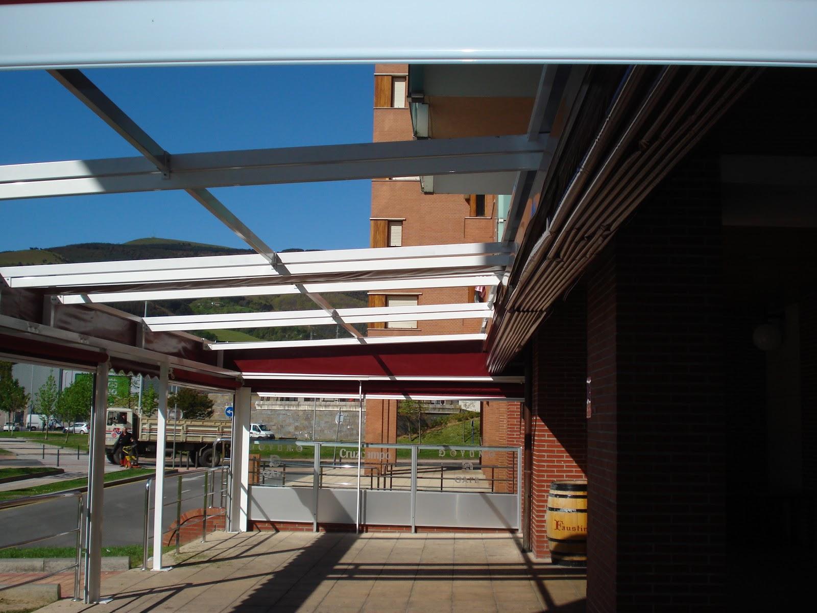 Terrazas climatizadas para hosteleria terrazas toldos for Toldos moviles para terrazas