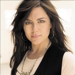 Vanessa Amorosi - Gossip