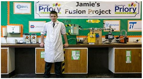 Anak Usia 13 Tahun Pencipta Reaktor Nuklir