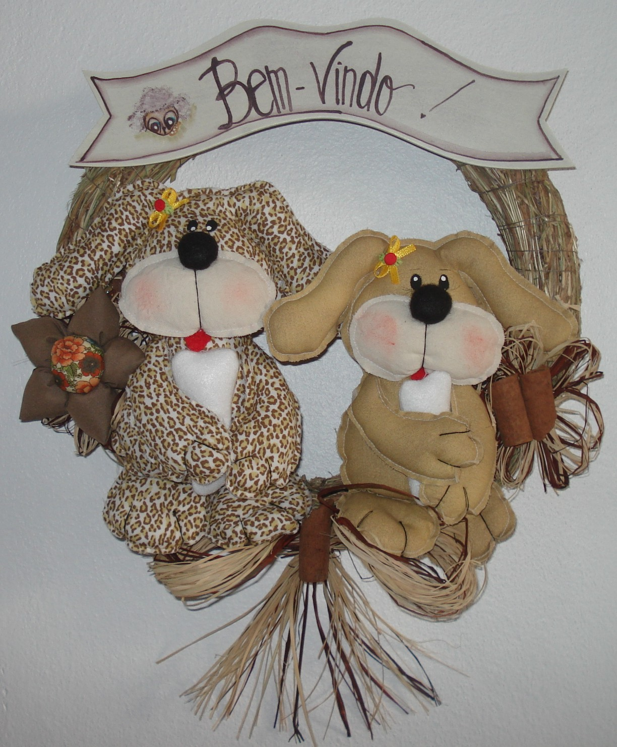 Cód. 1010 Guirlanda casal de cachorros de 30 cm; cores:neutras. #634735 1224x1481 Banheiro De Cachorro
