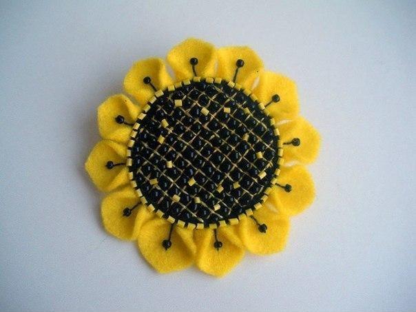 Cara Membuat Bros Bunga Matahari dari Kain Flanel - Bikin