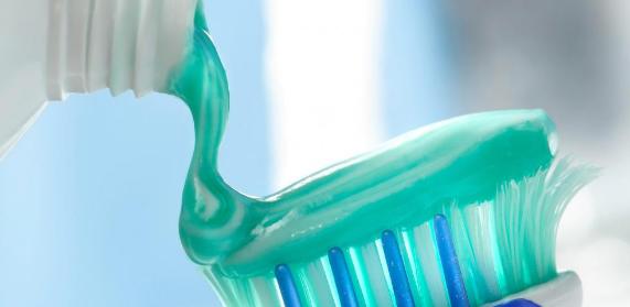 Harga,Manfaat , Komposisi Pasta Gigi Formula Toothpaste Ekstra Sensitif