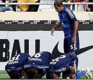 أهداف مباراة الهلال السعودي وبيروزي الايراني 1-0 في دوري ابطال أسيا 1-5-2012