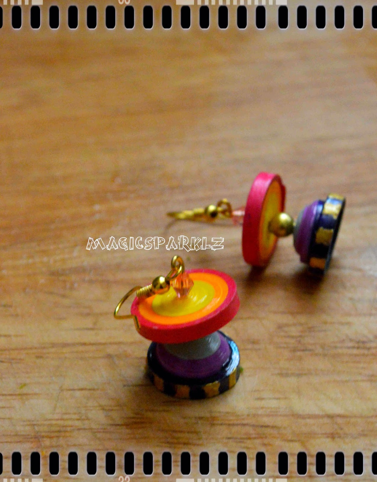 Quilled disc jhumka