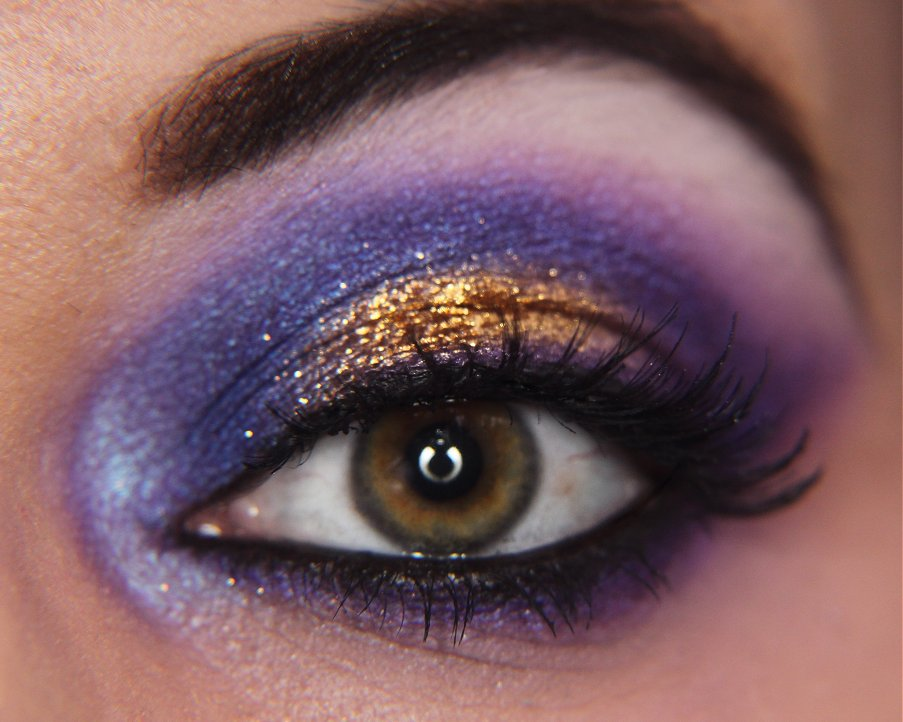 This isn t my own design i just recreated a makeup i once found from google if you know where it s from or who has done it let me know so i can credit Make up eyes