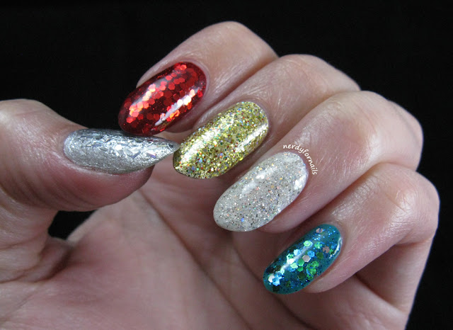 Glitter Sparkle Christmas Nails