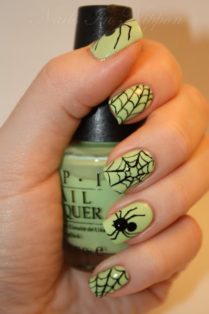 nails in nippon halloween spiders
