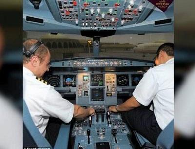 Mengintip Kehidupan Pribadi Parat Pramugari Dan Pilot
