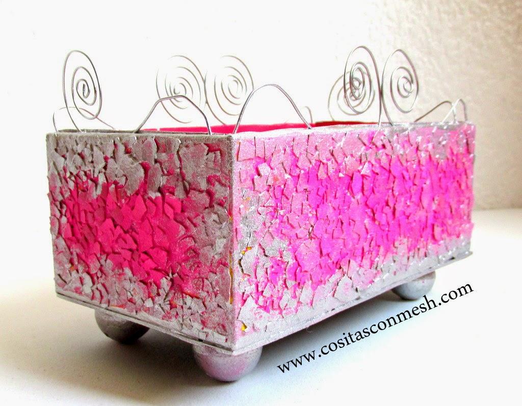C mo reciclar una caja de cart n manualidades cositasconmesh - Reciclaje manualidades decoracion ...