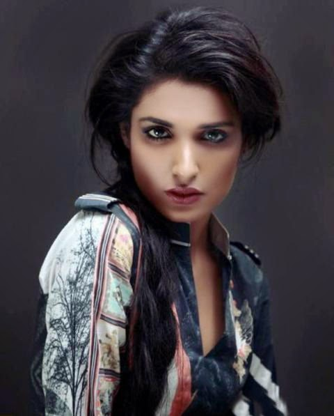 http://funkidos.com/pakistani-models-actors/amna-ilyas-photos-and-biography