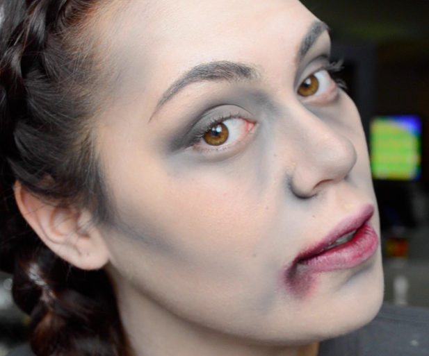 EASY Zombie (or Vampire/anything Dead) Halloween Tutorial) | TATUM H MAKEUP