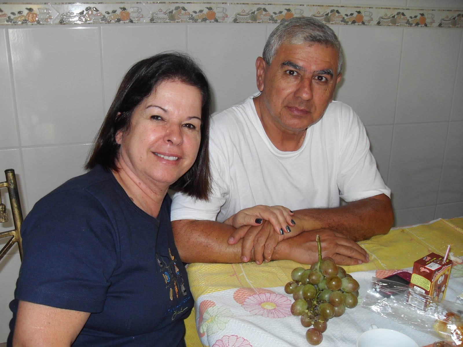 AGUARDANDO O CAFÉ PELA MANHÃ
