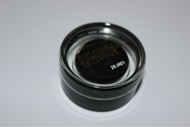Maybelline Color Tattoo 24hr Eyeshadow in Timeless Black Photo