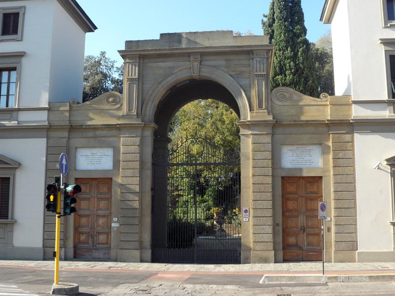Curiosit di firenze il giardino di palazzo della gherardesca - I giardini di palazzo rucellai a firenze ...