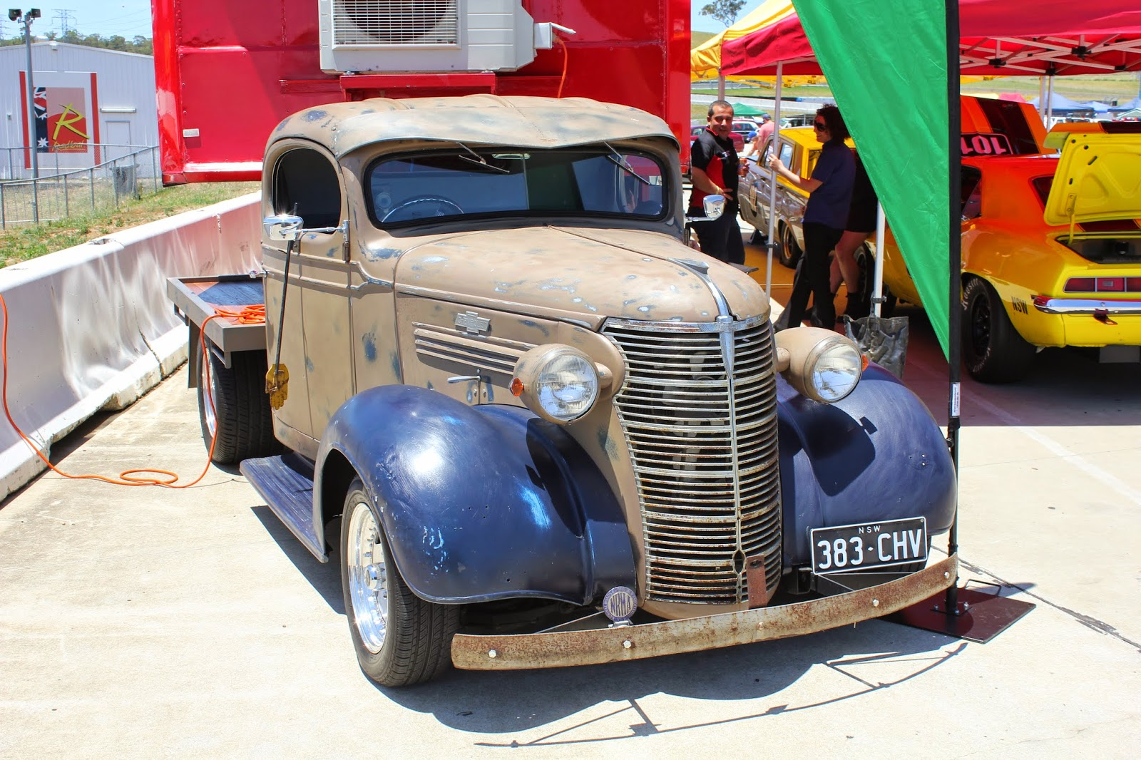 Aussie Old Parked Cars: 1937 Chevrolet Ute