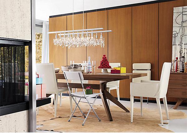 Cadeiras-diferentes-na-sala-de-jantar-9