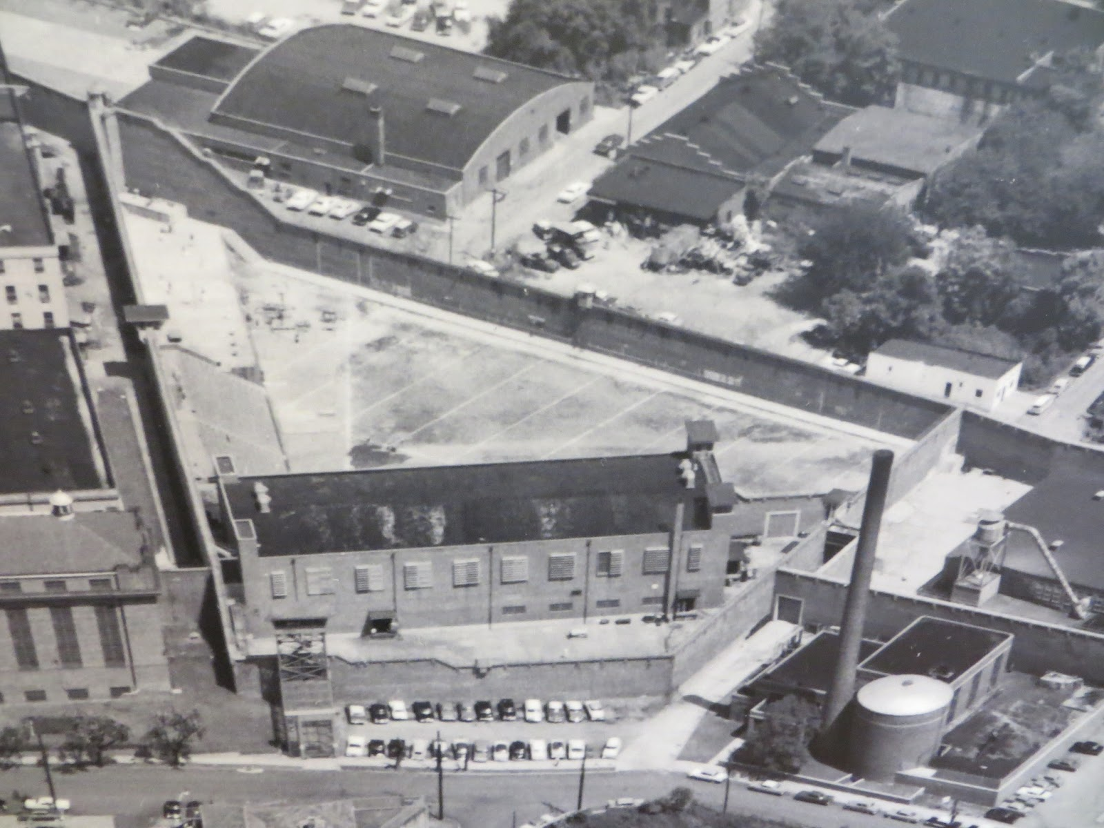 A Closeup View Of The Facility Shows The Prison Yard And The Walls Of  Penitentiary Shoehorned In Beside The Highway That Prison Yard Also Served  As A Ball