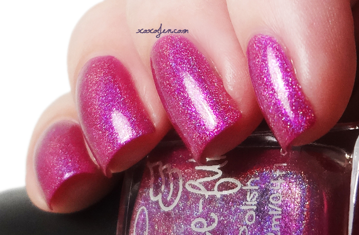 xoxoJen's swatch of Grace-full Chuck's Berry