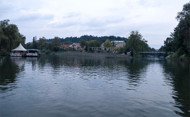 Ljubljana iz rečnega korita Špica full