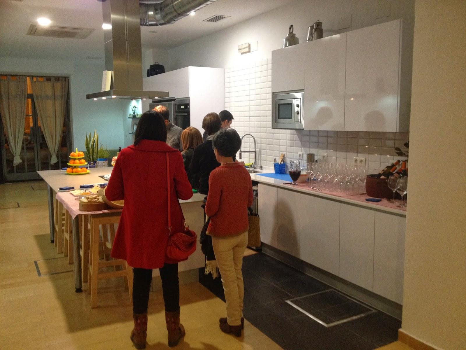 Kok tu cocina un espacio diferente en sevilla tarta chic - Curso cocina sevilla ...