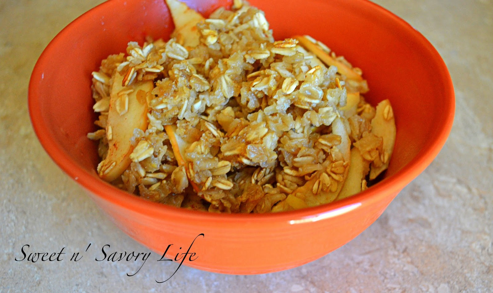 Baked Apple Pie Oatmeal