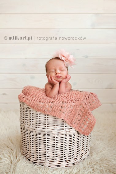 fotografia noworodkowa, profesjonalne sesje zdjęciowe noworodków, fotograf niemowlęcy,