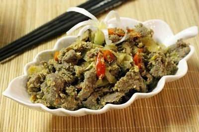 Beef with Minced Lemongrass - Thịt Bò Xào Sả