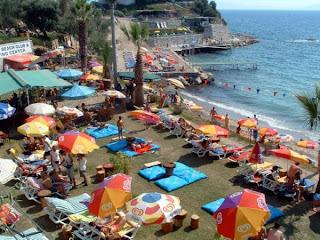 en güzel beachler, plajlar, temiz deniz, beyaz kumsal, mavi bayrak, dikili, çeşme, sole mare, çandarlı, deniz, kumsal, en güzel plaj, bozcaada, akbük,foça, mambo,deniz köy,hanedan,kayra,ayazma,en iyi deniz