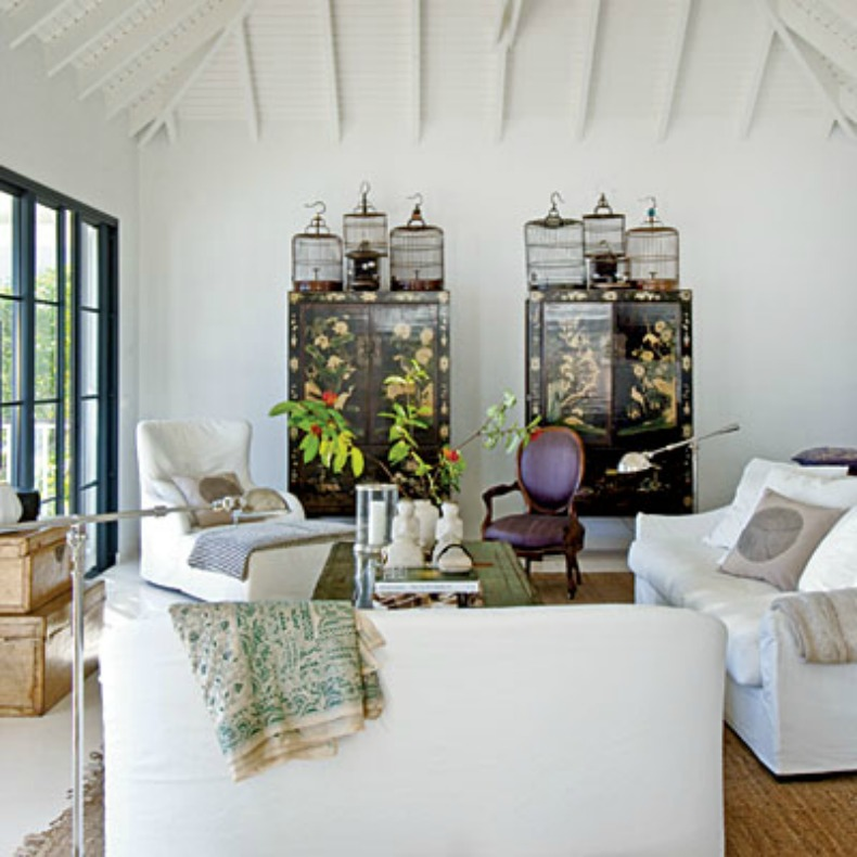 Coastal Living Room With White Slipcover Sofas And Chairs