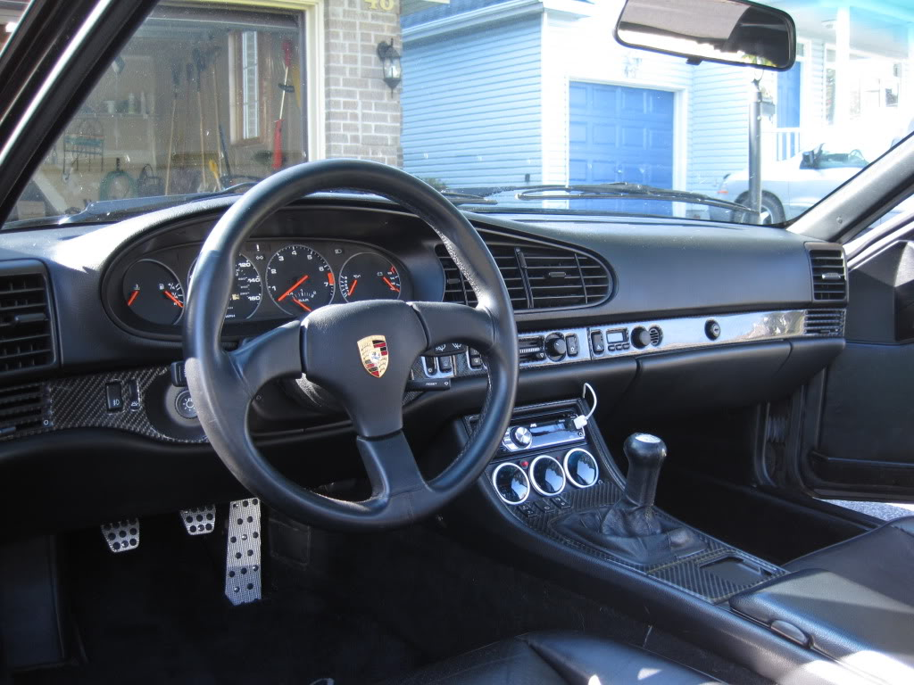 Porsche 944 Turbo SE Interior