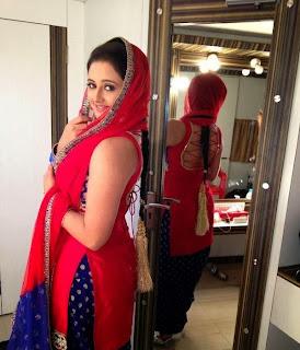 Rashmi Desai aka Tapasya Thakur Tappu of Uttaran on Colors tv and Bhojpuri Actress Spicy Pics
