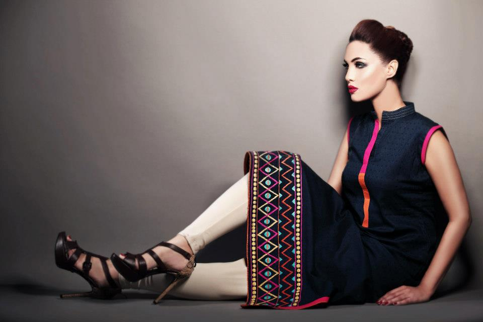Gul-Ahmed-Winter-Outfits-2012-For-Women (2) | Fashion Suits Me