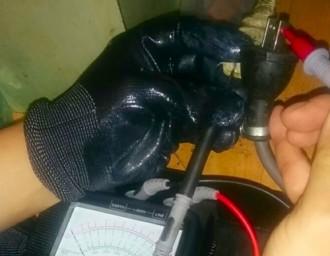 室内での単独機器メガ測定