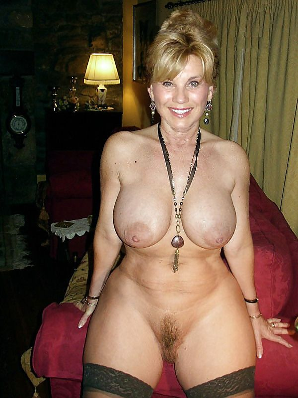 фото голых взрослых женщин