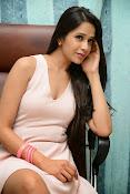 Abha Singhal Glam pics-thumbnail-5